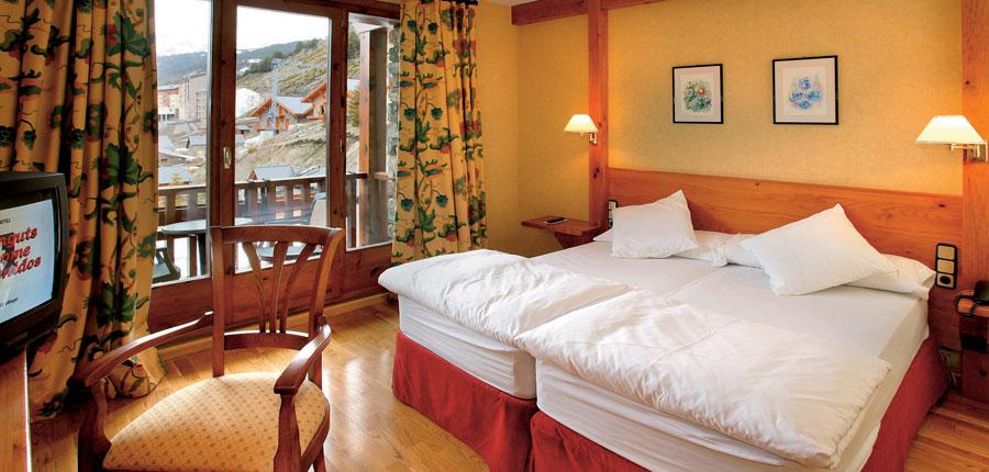 Bedroom, Sport Hotel.jpg